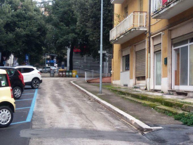 Locale commerciale negozio-Macerata-1